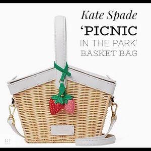 Kate spade NWT picnic basket
